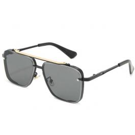 Елегантни слънчеви очила с метални рамки